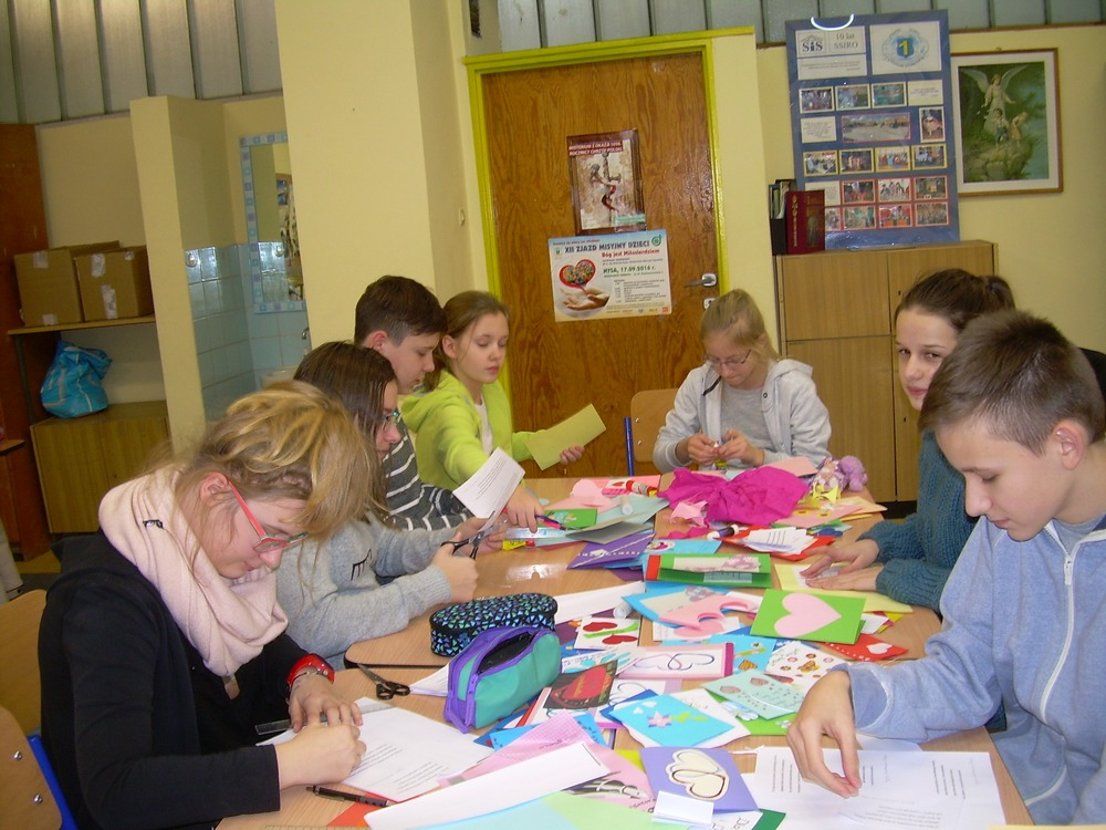 You are browsing images from the article: Działania wolontariatu w PG1 - Dzień Babci i Dziadka